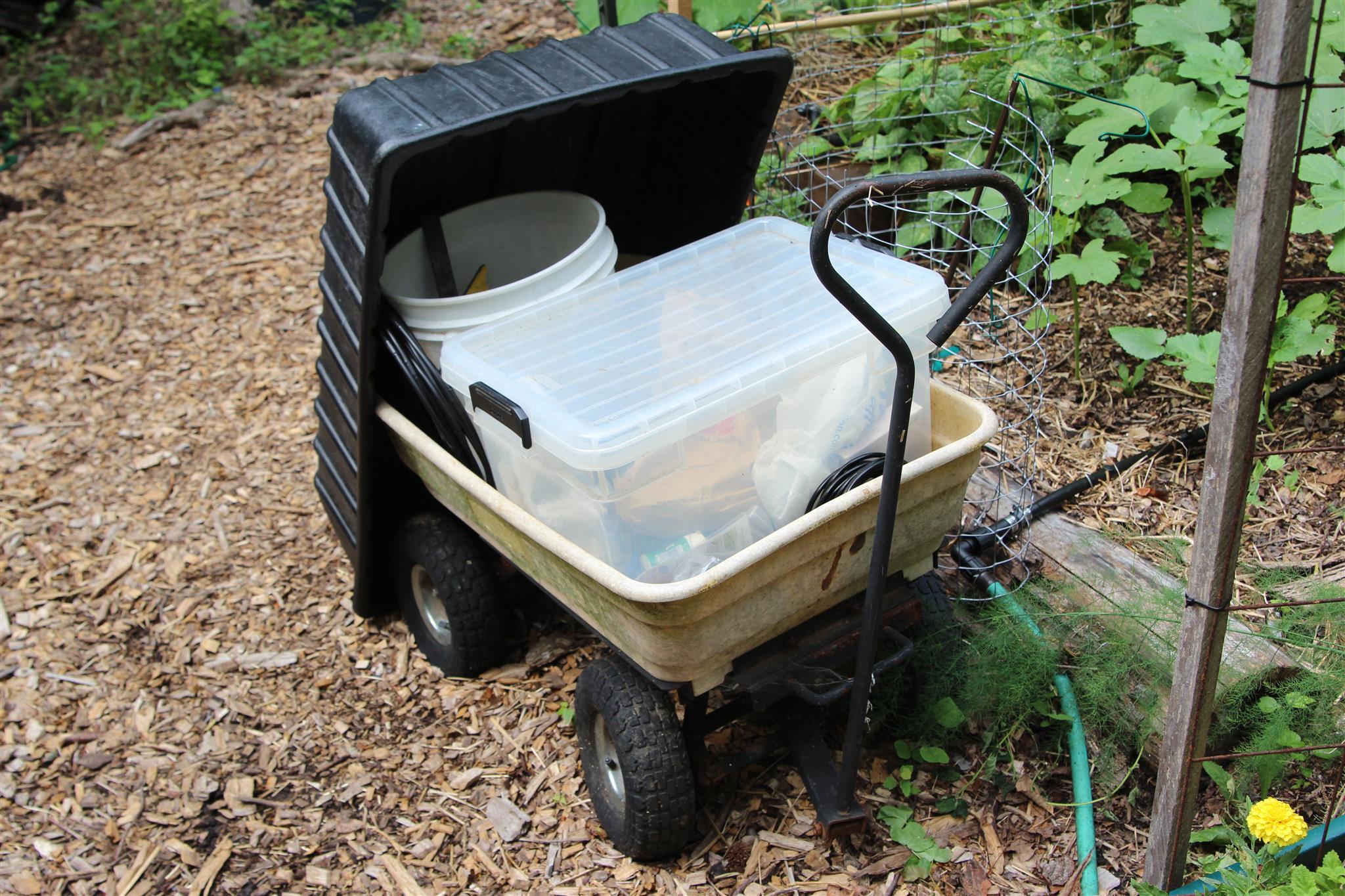 gorilla garden cart,