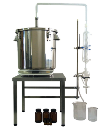 Steam-distiller-herbs