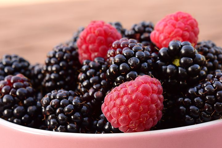 Scrumptious blackberries and raspberries