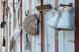 How to Clean Rusty Tools - Garden tool care, cleaning, repair and maintenance