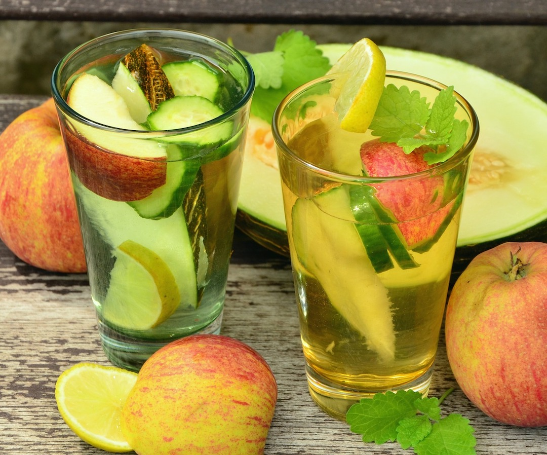 cucumber water with fruit